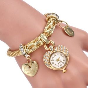 Watch quartz charm. Comes with 5 charms.